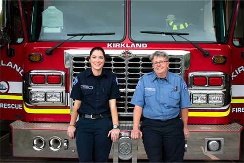 photo of firefighter Brassfield and Battalion Chief Freeman
