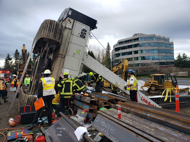 technical rescue of crane accident
