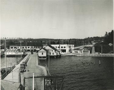 Kirkland in 1915 before Lake Washington was lowered by 9 feet