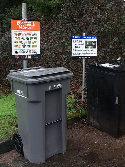 North-Kirkland-Community-Center-food-scrap-cart.jpg